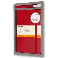 Sada zápisník MOLESKINE linajkový T/L červený + roller - Notes Moleskine - spoľahlivý pomocník aj ikonický doplnok image. Vrecko na výstrižky, poznámky, vizitky. Textilná záložka, pružná páska. Skladom, expedícia ihneď!